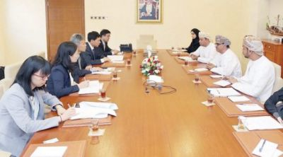 Oman, China review cooperation in higher education