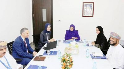 Dr. Rawya briefed on Muscat university