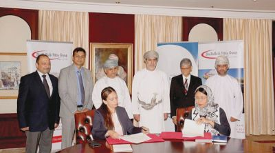 Pact inked for training 1,000 Omanis for textile jobs